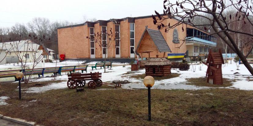 Усіх, хто відпочивав у санаторії «Нові Санжари», вивезли до Миргорода