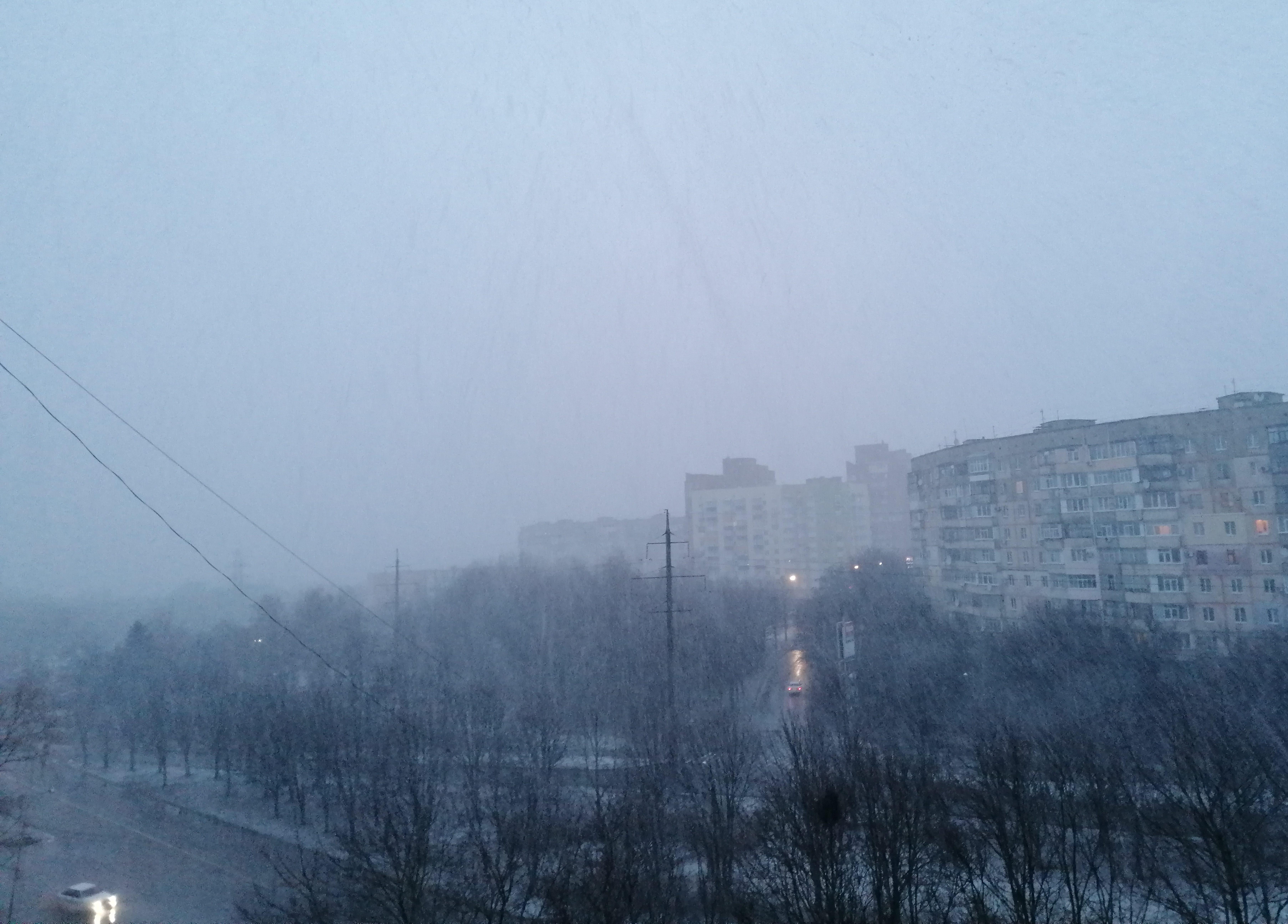 Сьогодні вночі – пориви вітру та сніг (оновлено)