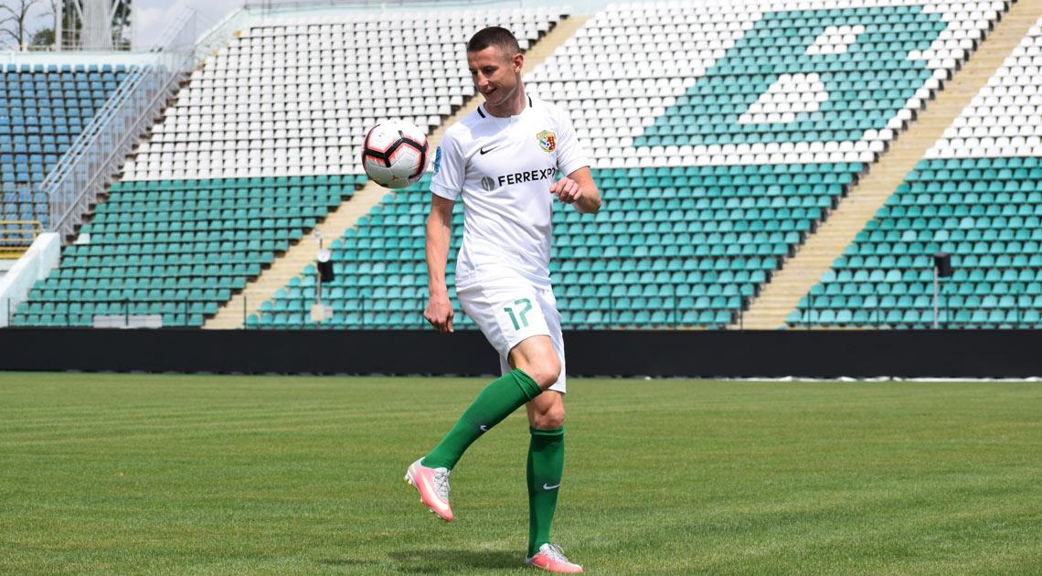 В «Ворскле» продлили контракт с капитаном Чеснаковым