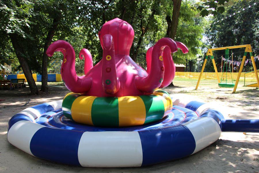 В полтавском парке «Победа» начали работать детские аттракционы