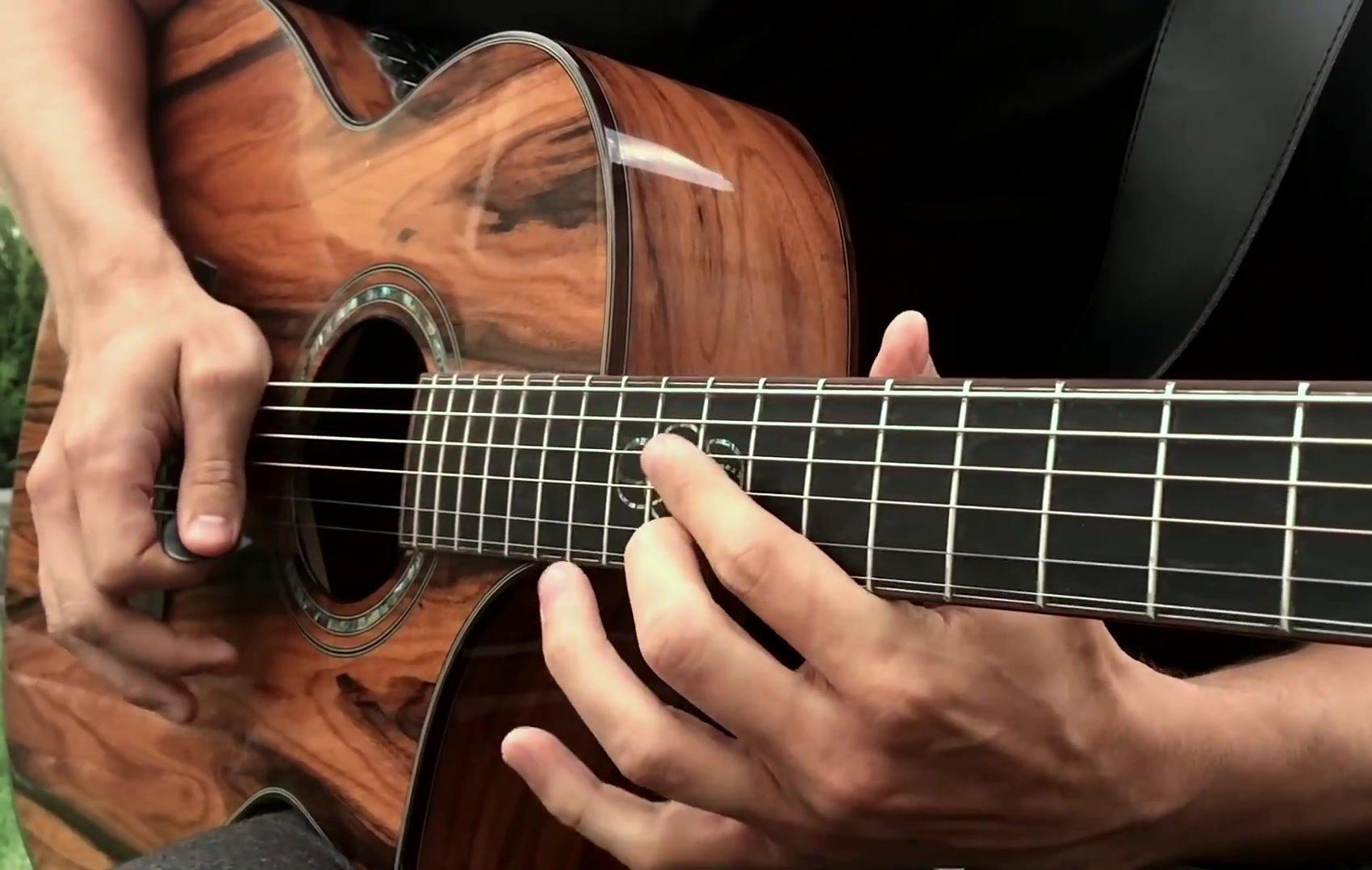 Жителей и гостей Полтавщины приглашают на Вернисаж гитарного искусства