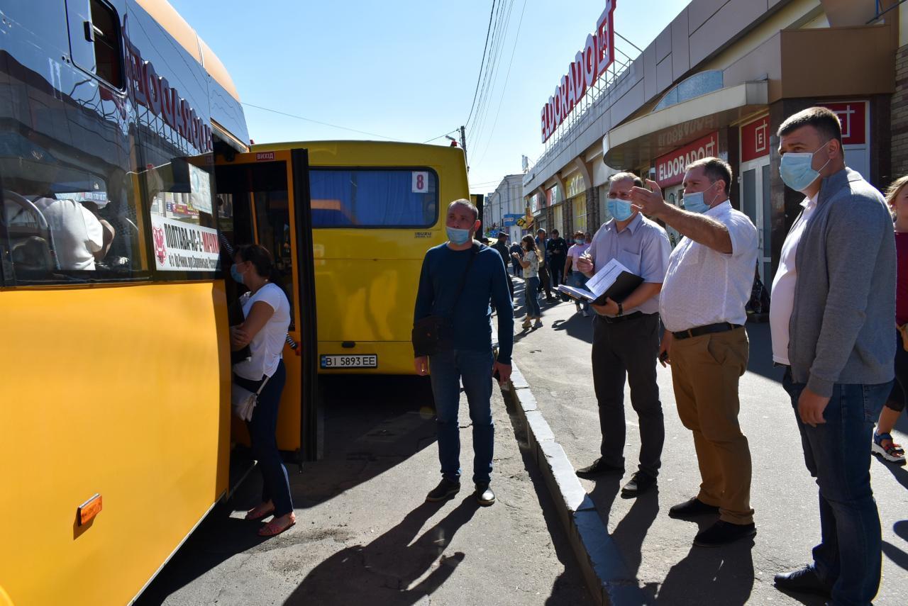 У Полтаві перевірили стан дотримання карантинних вимог у транспорті