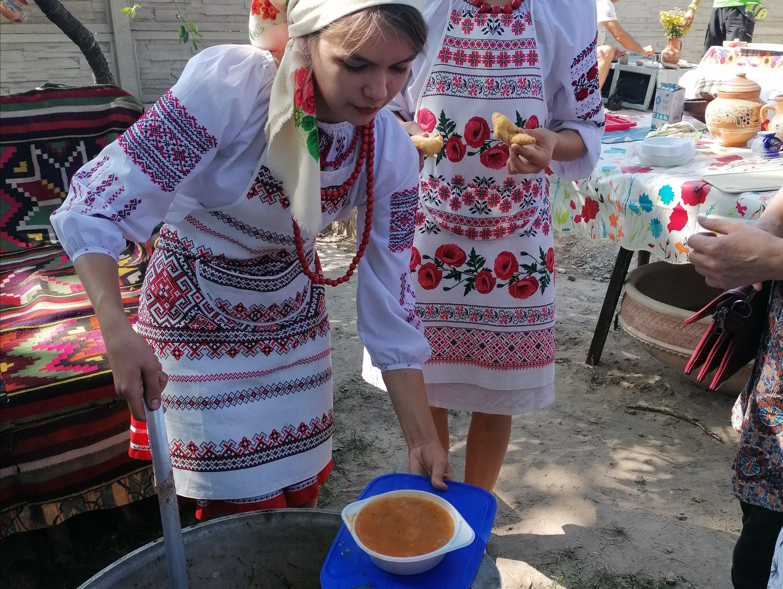 На Полтавщине откроют два «съедобных» музея – хлеба и борща