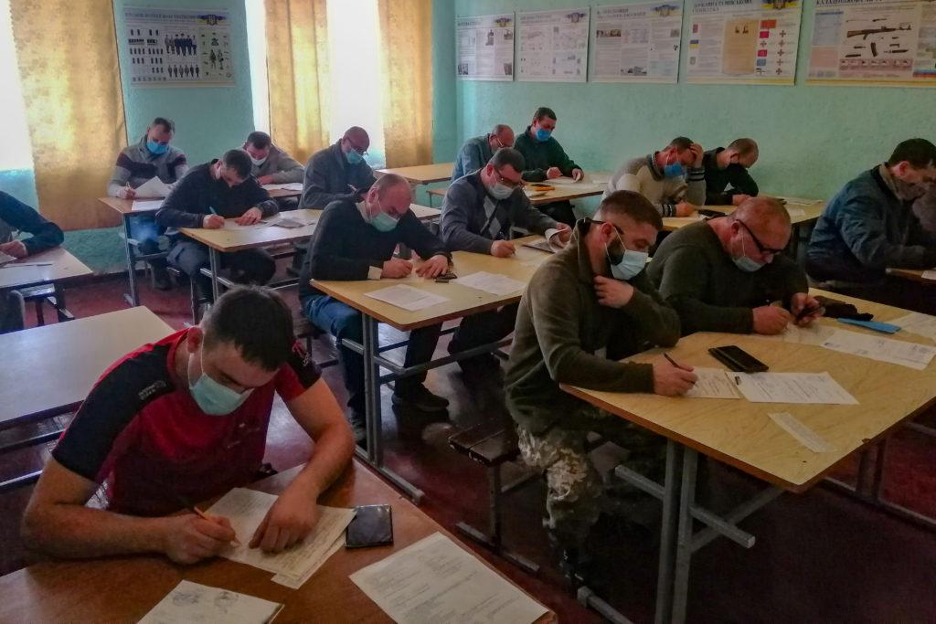 В Полтаве начались сборы оперативного резерва и очереди