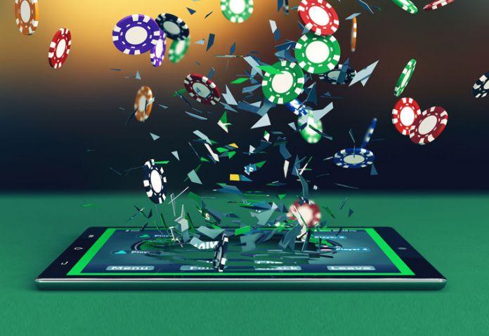 Гравцеві вдалося зірвати джекпот в казино завдяки найвищій покерній комбінації