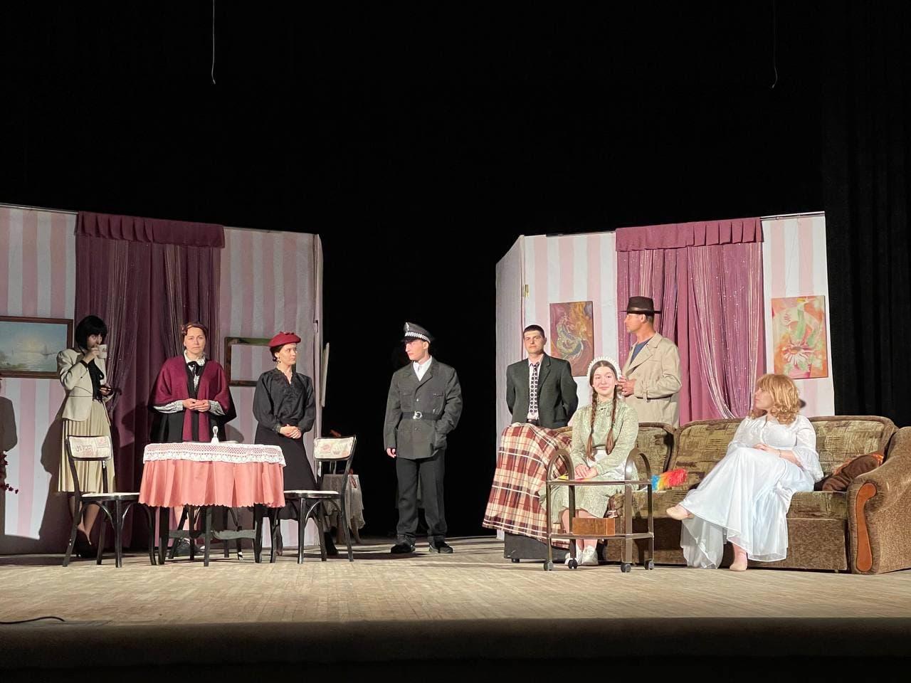Театр «На Павленках» покажет полтавчанам последний в этом сезоне спектакль